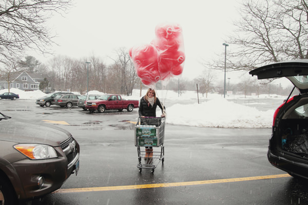 pam_delivering_balloons