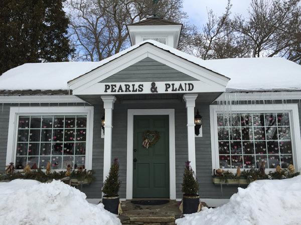 pearls_plaid_600