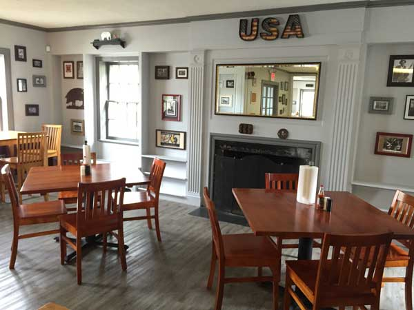 Chester BBQ Clinton Dining Room
