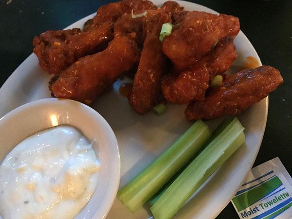 zacks wings