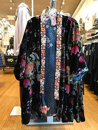 1 n main kimono
