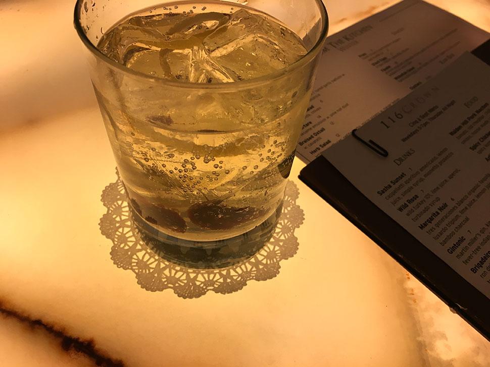 116 crown gin tonic