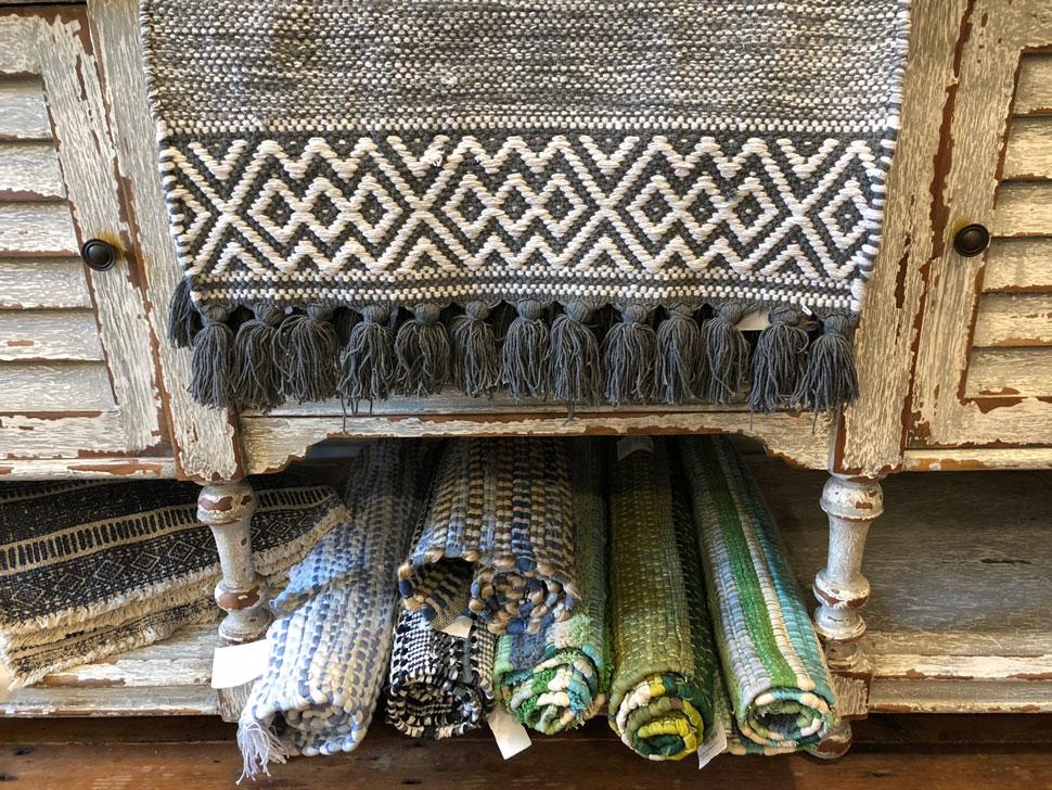 Saybrook home rugs